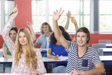 许多学生期待他们全年的实地考察