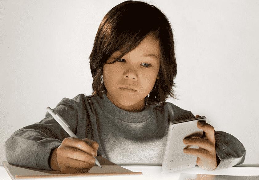 幼儿的早期计算表现与家中特定的数学活动有关