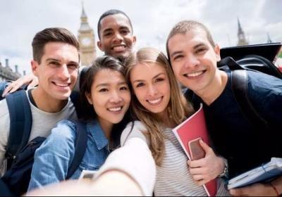 笑声学习以及为什么青少年是如此坚强的人群