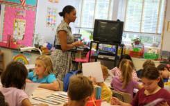 同一学科领域的导师是新中学教师的福音