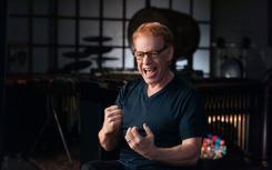 获得奥斯卡奖提名和艾美奖获奖作曲家Danny Elfman讲授混沌音乐