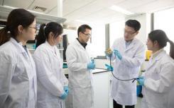 最新的中国研究员团队进入中国各地的教室