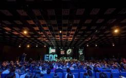 益学集团松鼠AI学习的合伙人兼民间组织廖立民参加俄罗斯EdCrunch会议