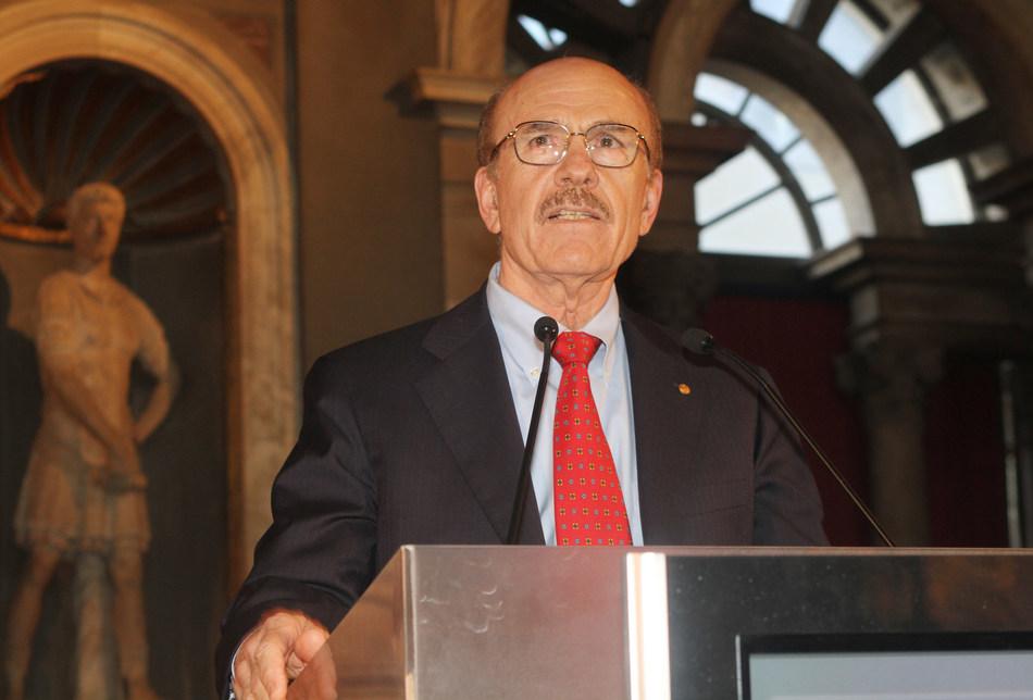 诺贝尔奖获得者路易斯·伊格纳罗成为国际梅纳里尼基金会科学委员会的成员