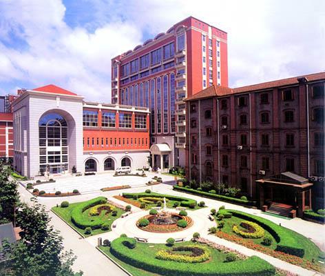 印度理想地区的75家医院将转为医学院