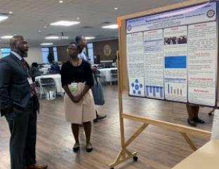 大学欢迎来自美国各地的医学少数民族教育者