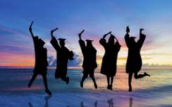 随着国内经济的稳健发展学生通过留学移民的想法逐渐淡化