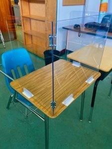 作为对COVID19的回应 Bliss的烙印将业务转移到制造学生课桌椅