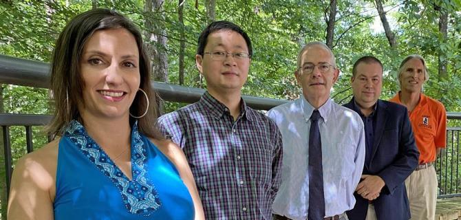 奥本大学的研究人员旨在通过飓风肆虐的木材为新市场提供动力
